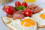 hipoalergiczni_etykiety_bez_tajemnic_jedzenie_białko