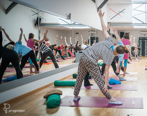 red fitness yoga