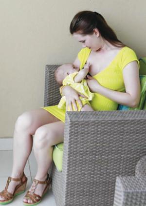 hipoalergiczni-matka-karmiąca-piersią