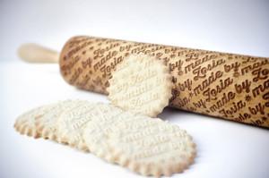 hipoalergiczni-drewniane-wałki-grawerowane