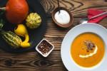 hipoalergiczni_jakub_kapusnak_foodiesfeed.com__pumpkin-soup6