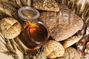 hipoalergiczni-niejadalne-zboża-pieczywo-miód