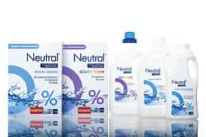 Produkty do prania Neutral również są koncentratami. Marka została stworzona z myślą o zmniejszeniu ryzyka reakcji alergicznych i podrażnień skóry wrażliwej. Produkty zostały przetestowane i zatwierdzone dermatologicznie, nie zawierają składników zapachowych i barwników. Neutral oferuje efektywne pranie uwzględniając równowagę skóry wrażliwej. Ze względu na jego skoncentrowaną formułę i wysoką efektywność unikaj przedłużonego kontaktu nierozcieńczonego produktu ze skórą. Produkty marki Neutral polecane są osobom z alergiami skórnymi, dlatego na produktach do prania podano dodatkową, nietypową dla środków czystości listę wszystkich składników zawartych w produkcie. Składniki na tej dodatkowej liście są podane tak jak na kosmetykach w kolejności według malejącej ich ilości, nazwy podano jako INCI – międzynarodowym nazewnictwie składników kosmetycznych. Dzięki temu każdy konsument może sprawdzić, co dokładnie zawiera produkt.