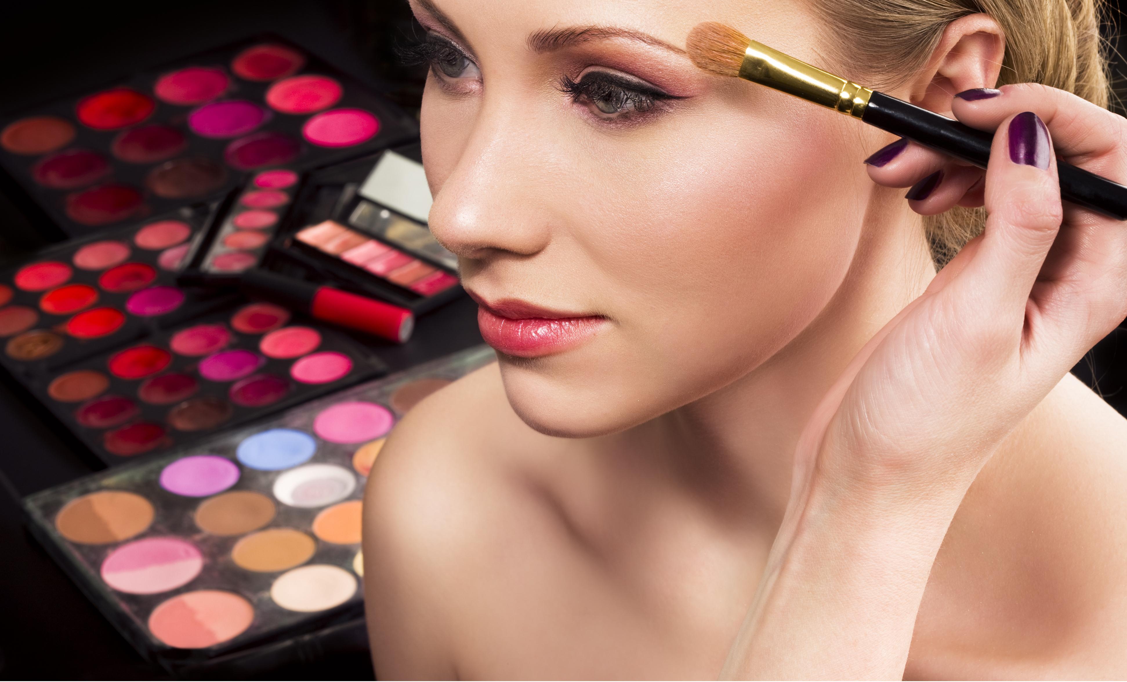 makijaż wizaż 1 Niespodziewana infekcja po wizycie u wizażysty