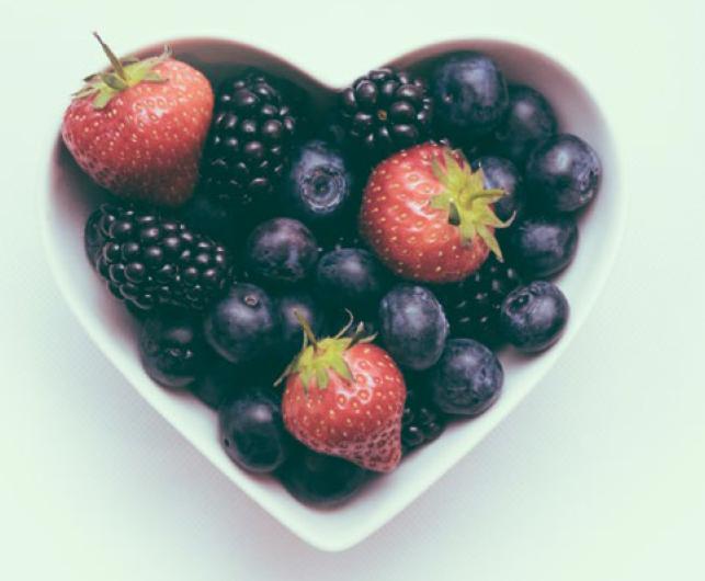 hipoalergiczni-lazienka-alergika-owoce-witaminy