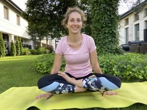 hipoalergiczni-maria-pronobis-joga-antyczna-position-1b-kopia