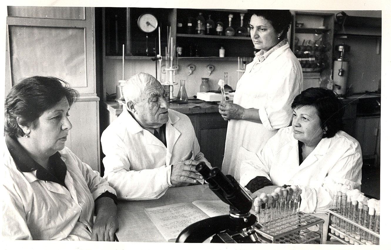 Erzinkyan-wywiad-hipoalergiczni-laboratorium