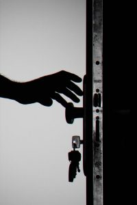 Drzwi i klucze - magazyn Hipoalergiczni