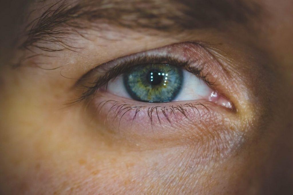 Czy alergię można poznać po oczach? - magazyn Hipoalergiczni